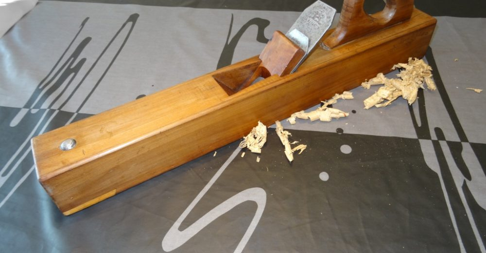 Restauration de ma varlope en bois