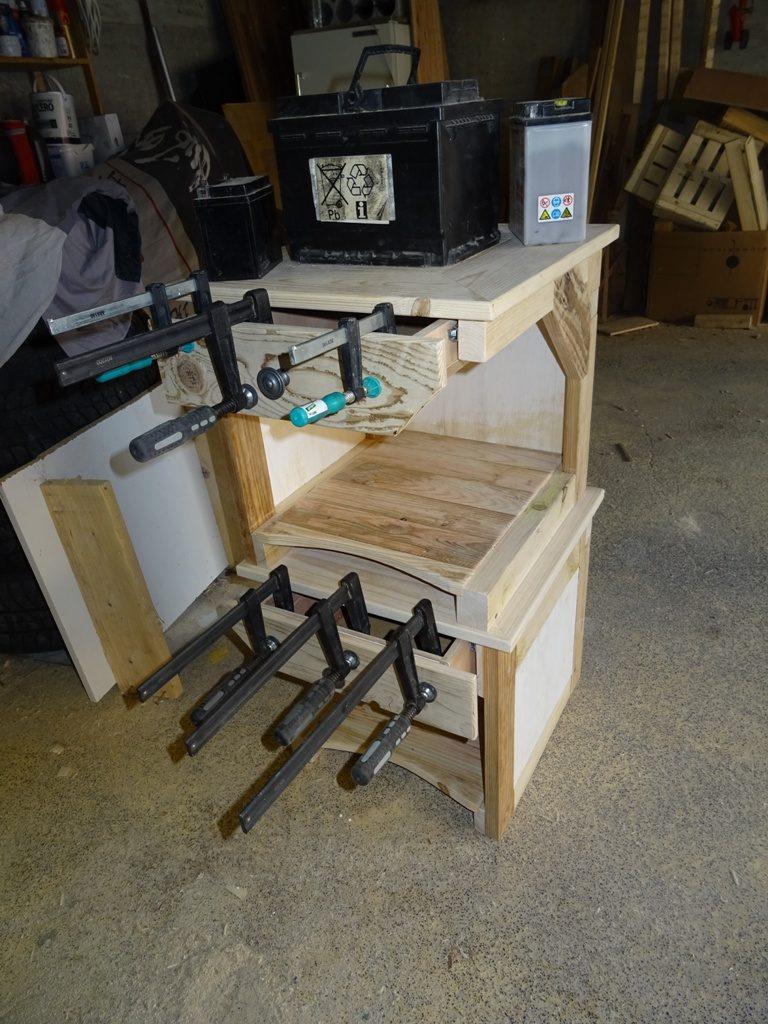 tables de nuit en bois de palette