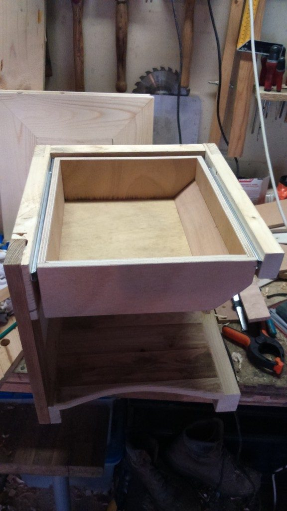 tiroir table de nuit en bois de palette